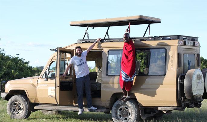 Miguel de safari en Sinya