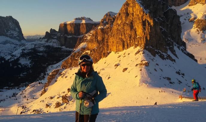 Belén en esquiando en Dolomitas
