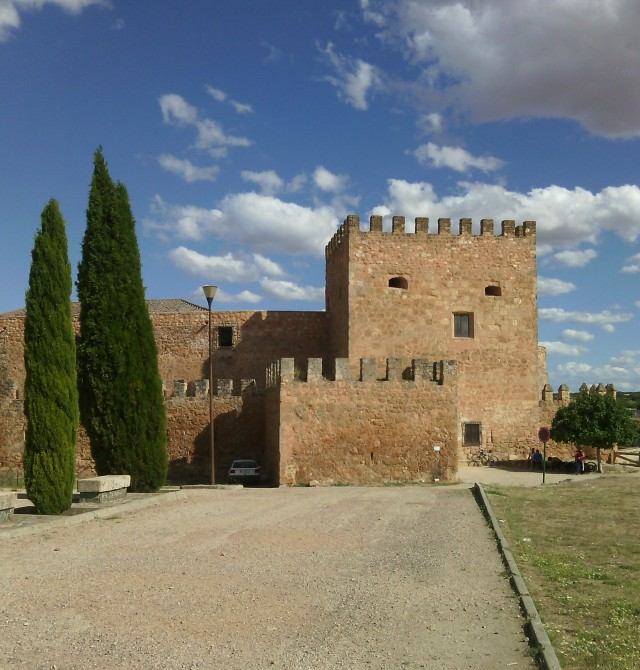 Castillo y Pantano de Peñarroya