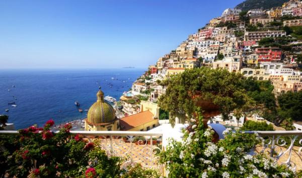 Nápoles. Viaje a España, Francia, Italia con PANGEA The Travel Store