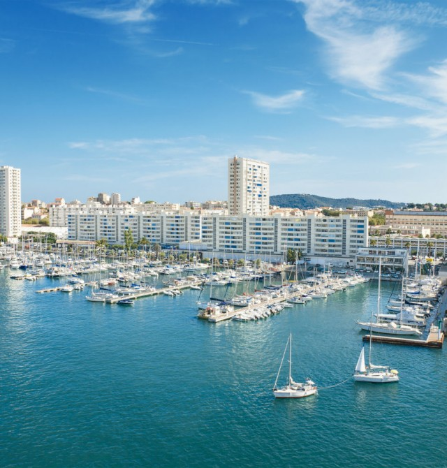 Toulon en España, Francia, Italia