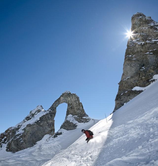 Acción en la nieve en Val D'Isère, Francia