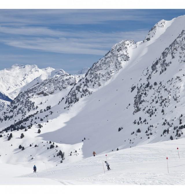 A toda nieve en  Formigal, Huesca