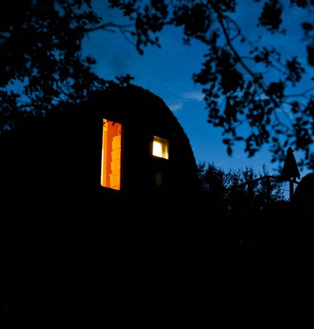 La cabaña por la noche en Valle de Lozoya