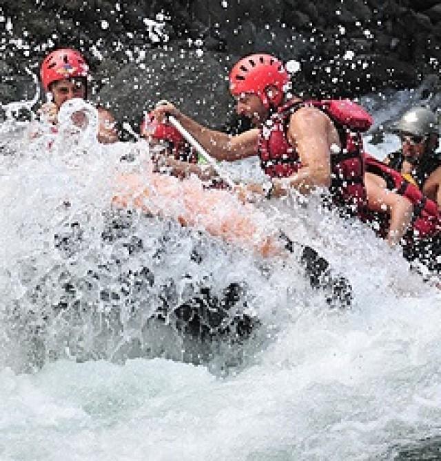 Rafting Rio Esera en Huesca, PN de Ordesa
