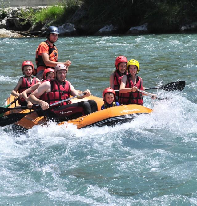 Rafting en río Ésera en Huesca, PN de Ordesa