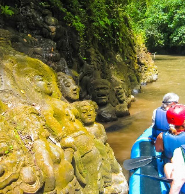 Rafting en el río Ayung en Indonesia