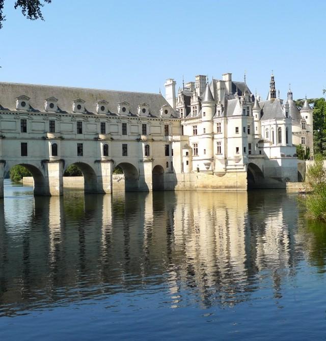 Castillo de Chenonceaux, o de las damas en Francia