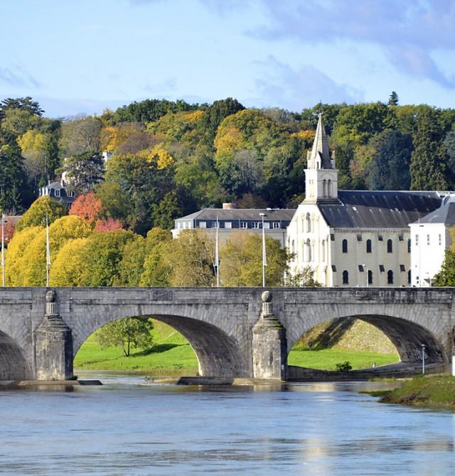 Tours - Villandry - Angers - Nantes