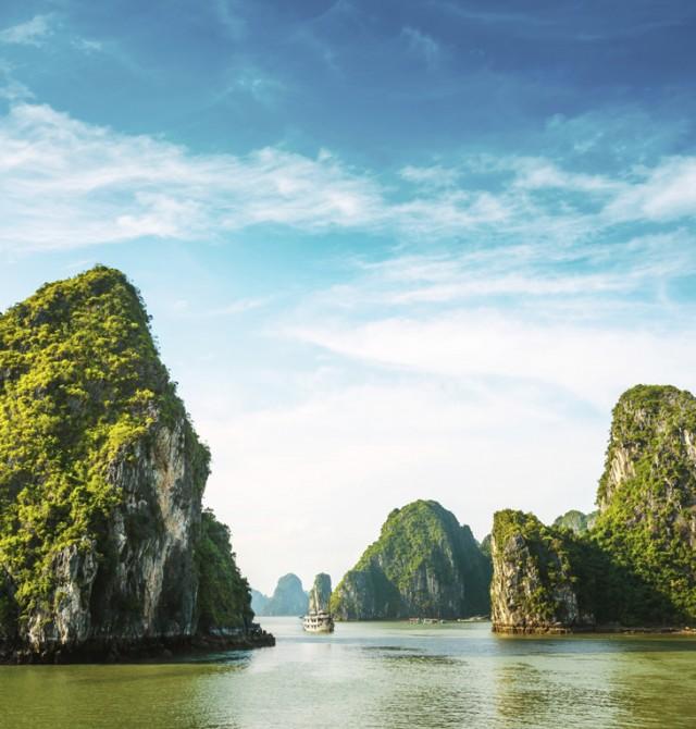 Bahía Halong en Vietnam y Camboya