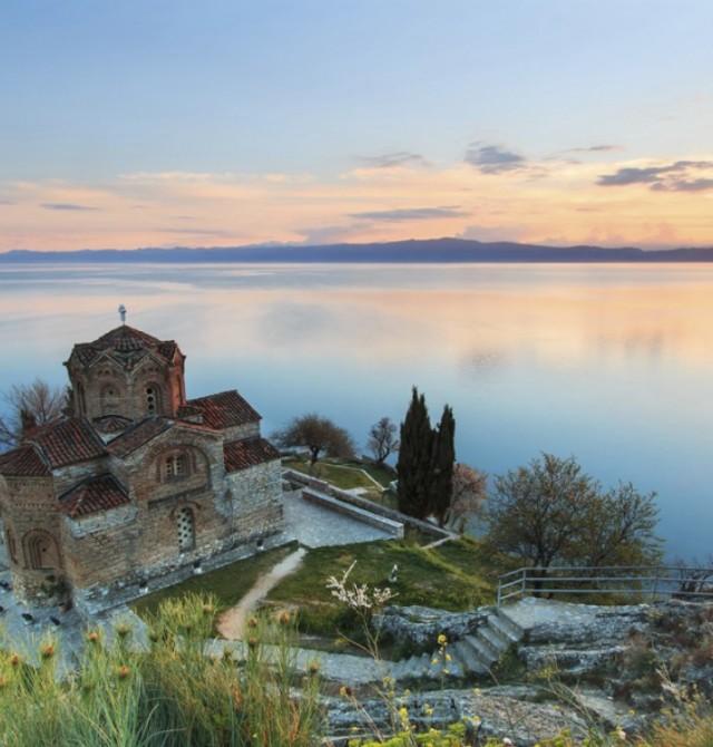 El encanto del lago en Albania y Macedonia