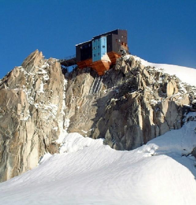 Arista Cósmicos o arista Midi Plan en Chamonix, Francia