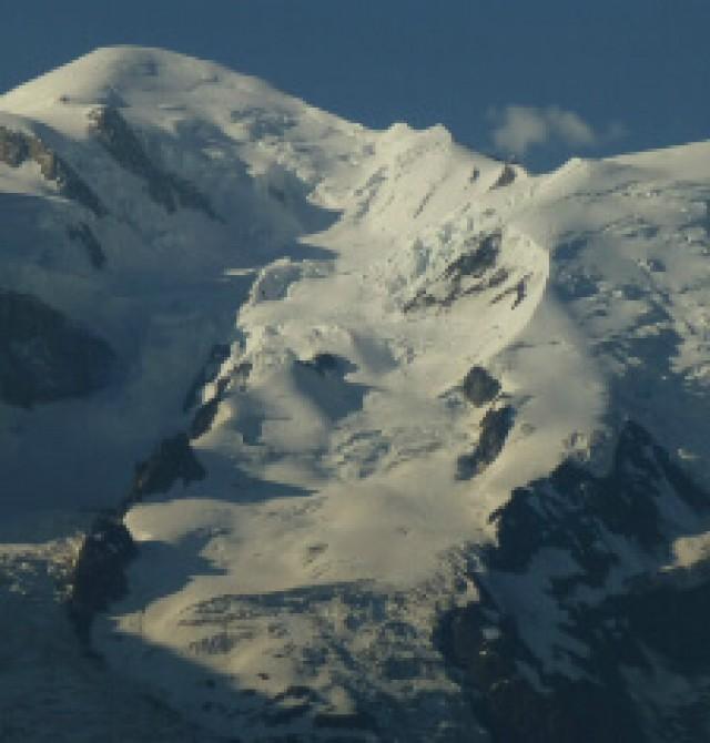 Ascensión al Mont Blanc du Tacul (4.248 m ) en Chamonix, Francia