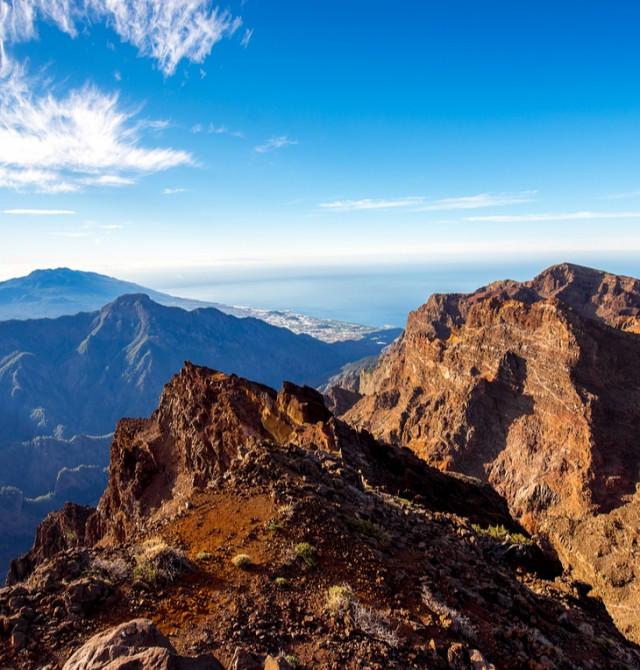 Vistas volcánicas desde la Caldera de Taburiente