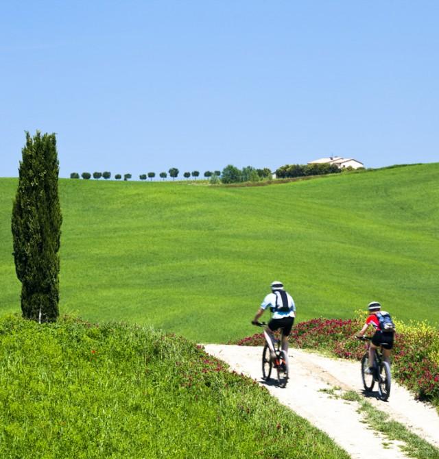 Rutas en bici sacadas de un lienzo en Italia