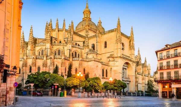 Catedral de Segovia. Viaje a Segovia con PANGEA The Travel Store