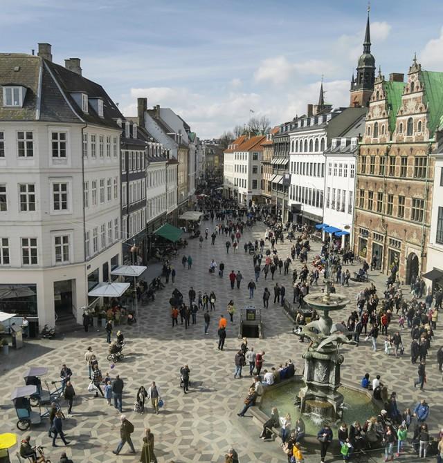 Copenhague en  Warnemünde - Copenhague - Hellesylt - Geiranger -Bergen - Kristiansand - Aarhus
