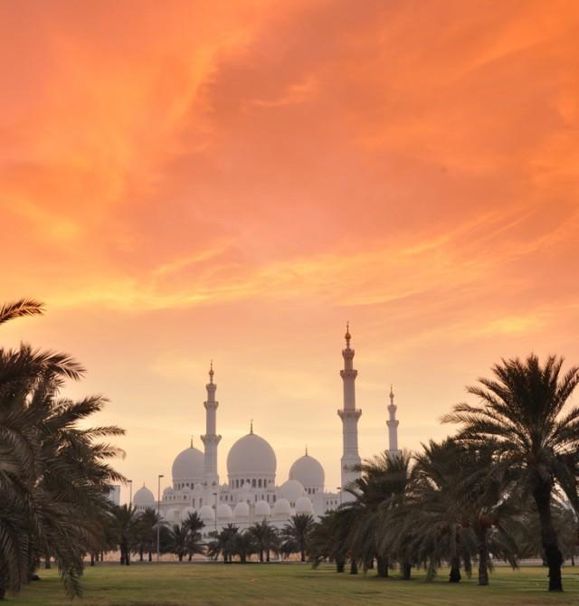 Abu Dhabi ruge en Emiratos Árabes Unidos