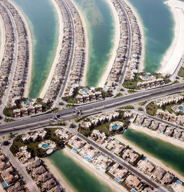 Arena, vidrio y agua en Emiratos Árabes Unidos