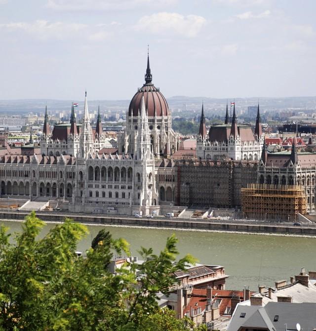 en Austria, República Checa y Hungría