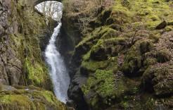 Cascada en Cumbria en Inglaterra y Escocia