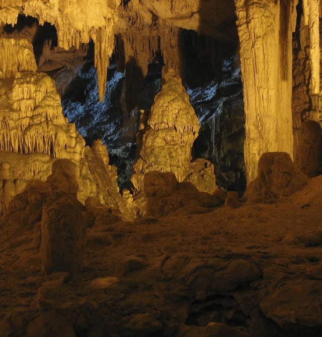 Cuevas en Bari en Italia