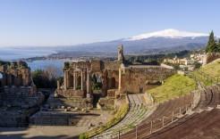 Teatro Antiguo de Taormina en Italia
