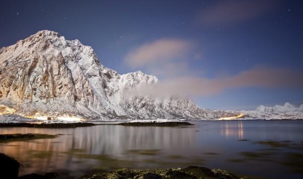 La noche en Svolvaer. Viaje a Noruega con PANGEA The Travel Store