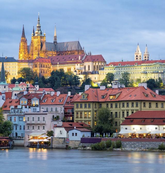 Vuelta a casa en Republica Checa, Austria, Polonia y Hungría