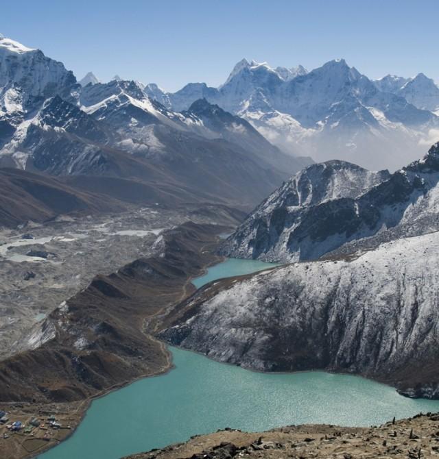 Postales sorprendentes desde el avión en Bután