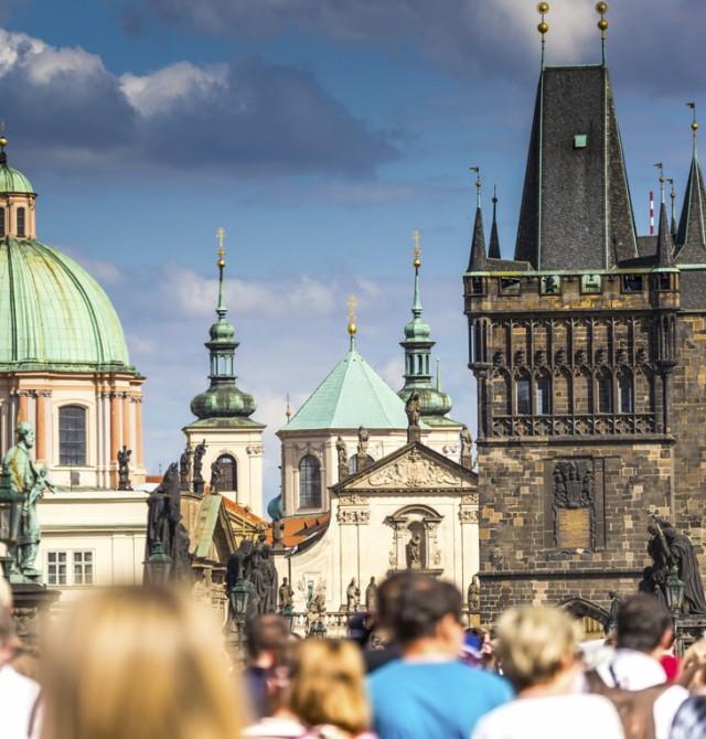 Puente de Carlos de Praga en Republica Checa y Alemania
