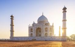 Puesta de sol en el Taj Mahal en India