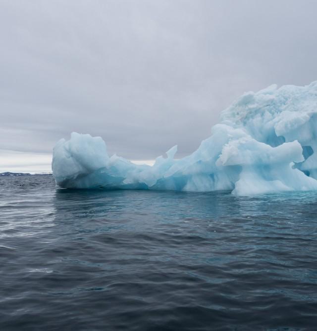 Spitsbergen, la tierra de los picos afilados en Svalbard