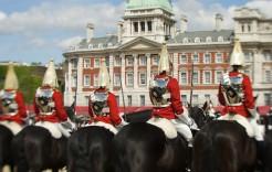 Cambio de guardia en Buckingham en Reino Unido