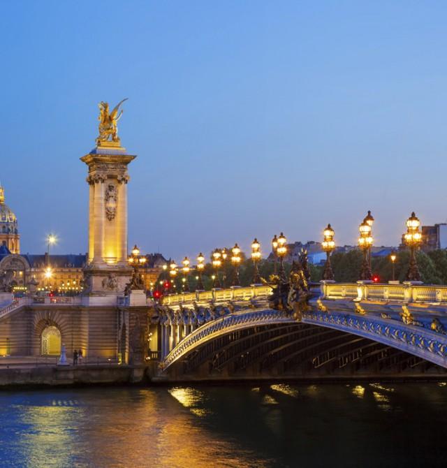 Puente Alejandro III en Francia