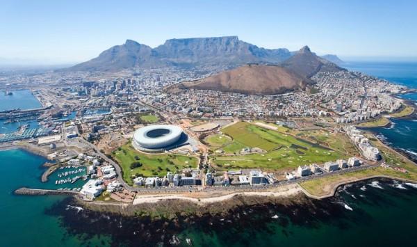 Vista aérea de Ciudad El Cabo. Viaje a Sudáfrica con PANGEA The Travel Store