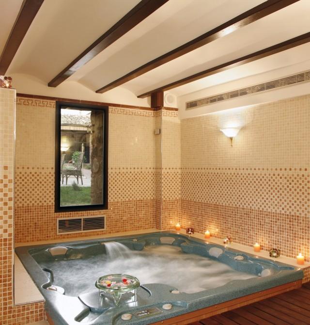 Opcional y recomendada sesión de Spa y masaje en La Rioja, Azofra