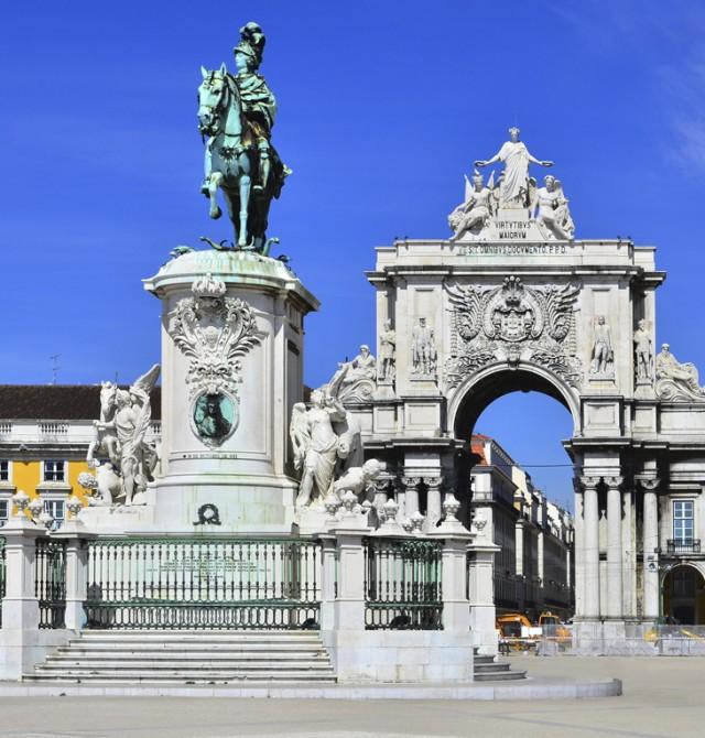 Lisboa histórica a pie en Portugal