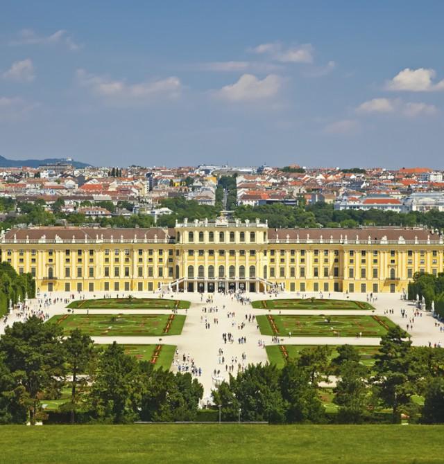 En el palacio de Sissí en Republica Checa y Austria