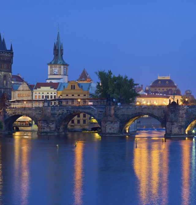 nocturna en Praga